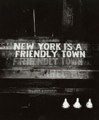Weegee NEW YORK IS A FRIENDLY TOWN 1945